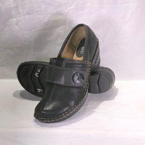 SOFTSPOTS Women's •Lina• Clog  Black - size 9M